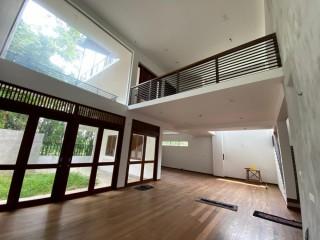Brand new Home. Athurugiriya